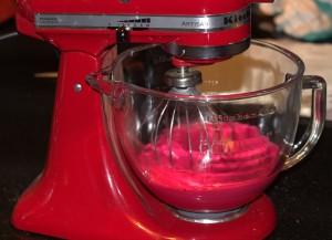 Meringue rose pour Macarons