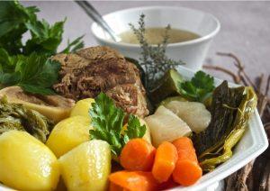 pot-au-feu légumes et bouillon