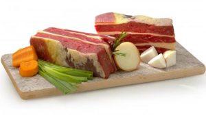 plat de cotes et légumes